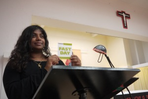 Nalini speaks at Fast Day