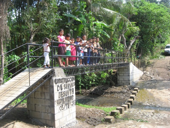 New bridge for community in Guaymango