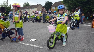 Hemel Child Cycling